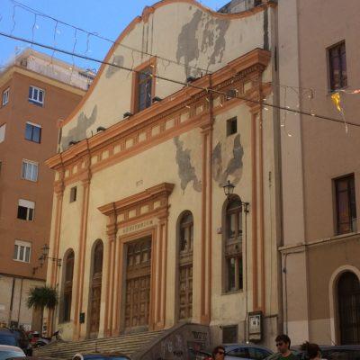 La facciata [The facade]