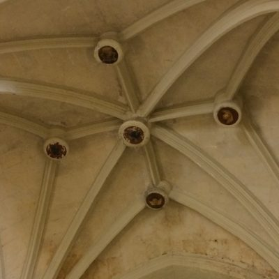 Soffitto a stella[Star-shaped ceiling]
