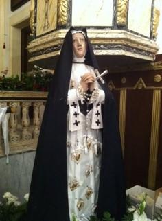 Statua della Madonna[Statue of the Madonna]